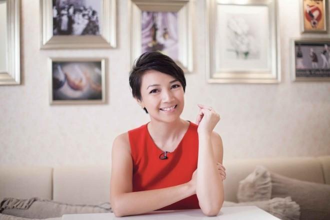 Cuộc đời lận đận của Hoa hậu Hong Kong: Nợ nần chồng chất, phải thế chấp vương miện - ảnh 6