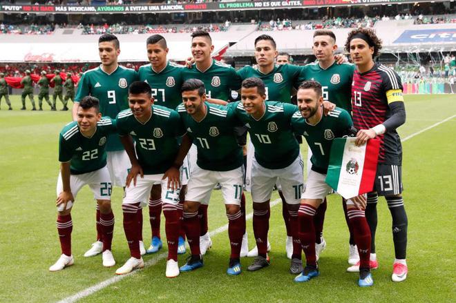 9 tuyển thủ Mexico vui vẻ với 30 gái mại dâm trước thềm World Cup 2018 - Ảnh 2.