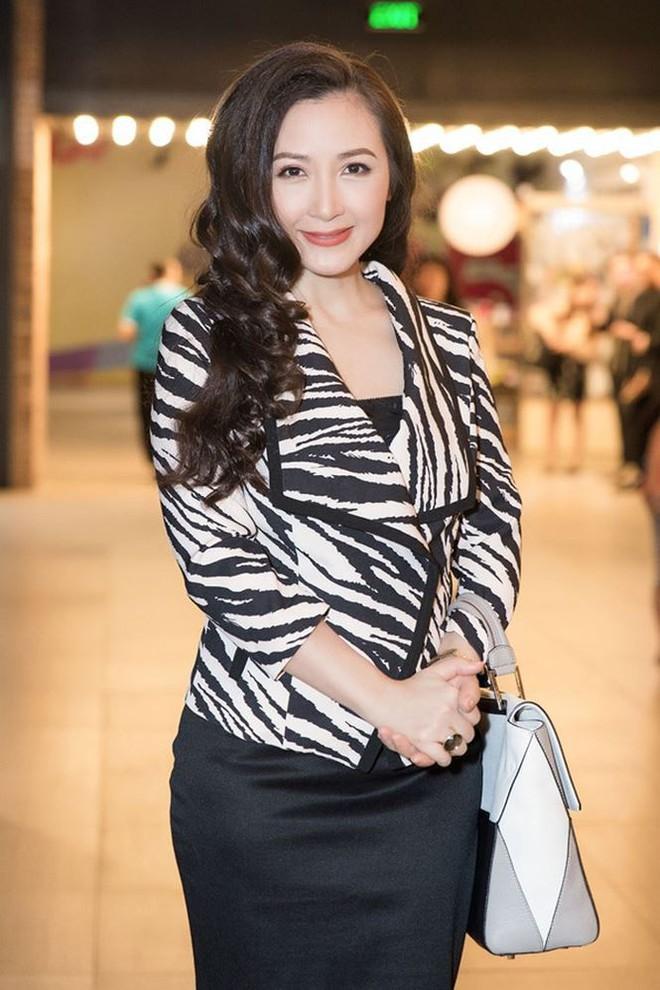 Nhan sắc không tuổi của nữ diễn viên Khánh Huyền - Ảnh 7.