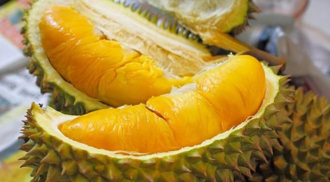 Bạn đã biết phân biệt trái cây chứa hóa chất? - Ảnh 2.