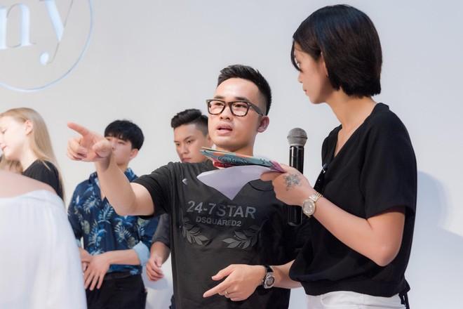 NTK Hà Duy: Hương Giang nên xin lỗi tôi thay vì tìm cách đổ lỗi cho ê-kip  - Ảnh 2.