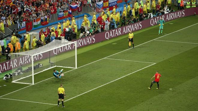 Real Madrid làm, Barca phá, Man United không cứu nổi TBN trên chấm luân lưu định mệnh 8