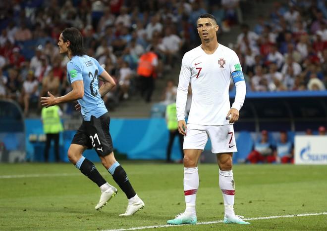 World Cup 2018: Bồ Đào Nha sụp đổ bắt đầu từ cú đá khó tin này của Ronaldo 2