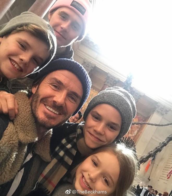 Cuộc sống vương giả và cách dạy con đáng ngưỡng mộ của vợ chồng David Beckham - Ảnh 9.