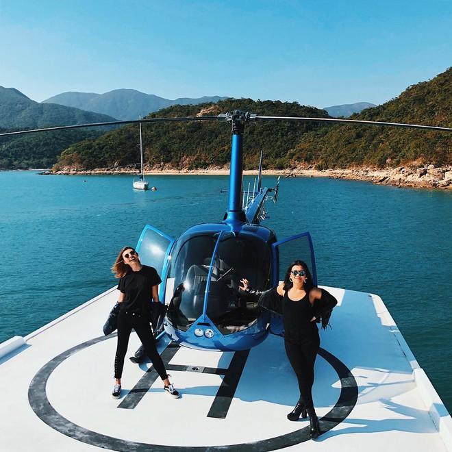 Cuộc sống 2 con gái của minh tinh Hong Kong: Bốc lửa, giàu có và xa hoa - Ảnh 18.