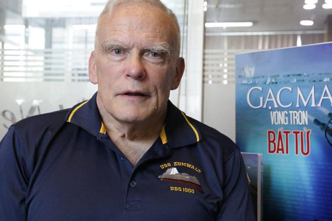 Con trai cựu Đô đốc Hải quân Mỹ: Tôi muốn người Mỹ biết rõ chuyện gì đã và đang xảy ra ở Gạc Ma - Ảnh 1.