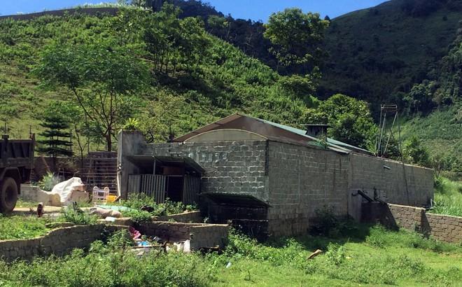 Căn nhà và số gỗ quý của trùm ma túy ở Lóng Luông được xử lý thế nào?