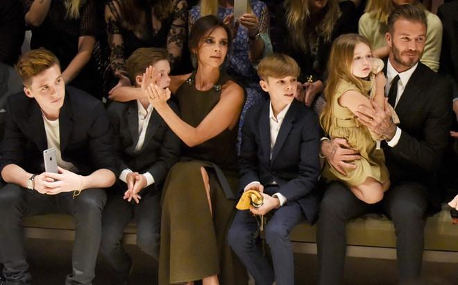 Cuộc sống vương giả và cách dạy con đáng ngưỡng mộ của vợ chồng David Beckham