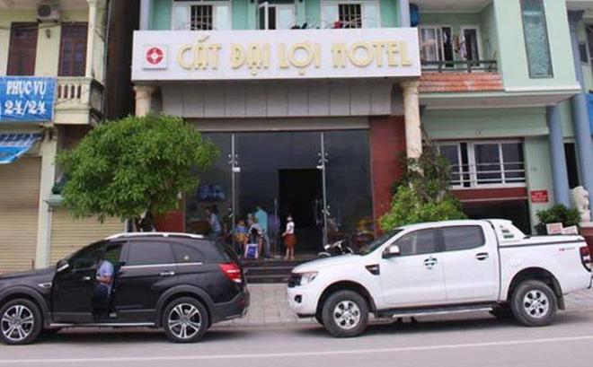"""Chủ khách sạn bị tố đuổi khách ở Sầm Sơn nói """"họ cố tình dở chứng để đi"""""""