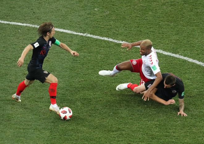 World Cup 2018: Chàng tiền vệ đá penalty kém hơn chú cún và trận đấu lớn nhất cuộc đời - Ảnh 3.