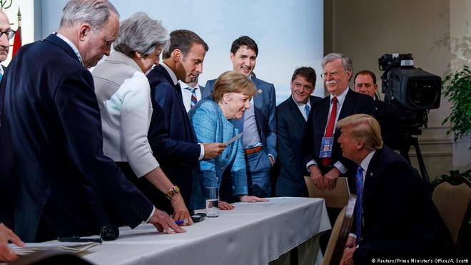 Thượng đỉnh NATO: Quả bom Mỹ và bối cảnh lung lay của khối Phương Tây - Ảnh 2.
