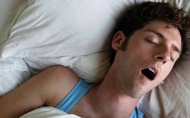 Phát hiện tác hại không tưởng từ việc ngủ ngáy - nó thực sự nguy hiểm!