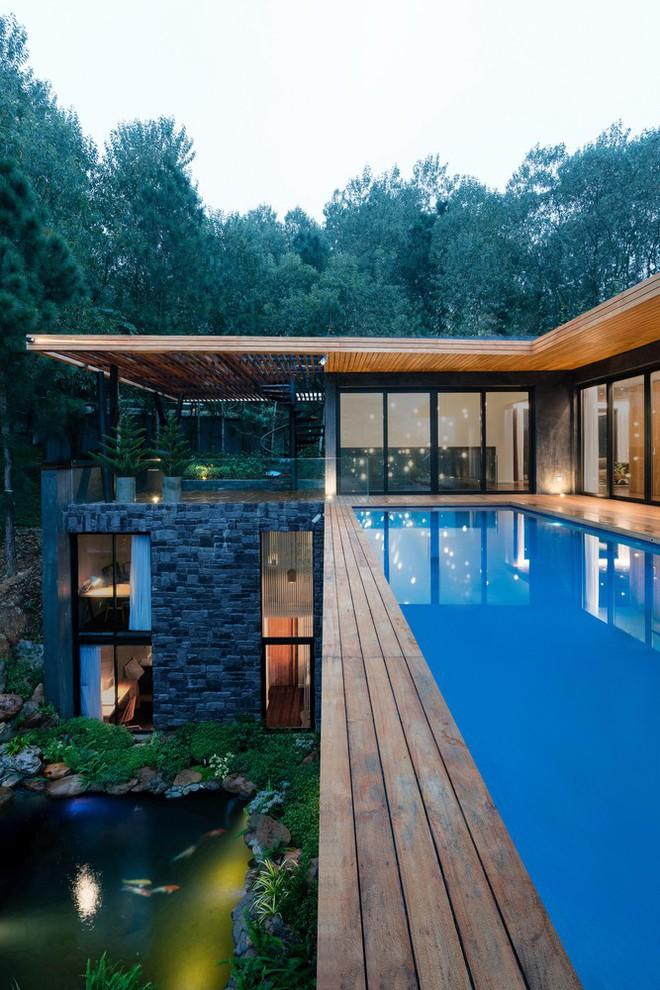 Độc đáo với biệt thự giữa đồi thông có bể bơi ngoài trời ở Vĩnh Phúc - Ảnh 9.