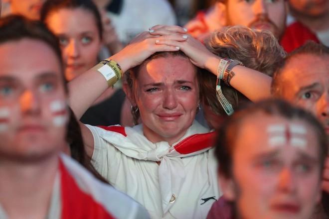 Nước mắt Tam Sư ướt đẫm Luzhniki, người Anh gạt lệ nói điều khó tin về đội tuyển - Ảnh 13.