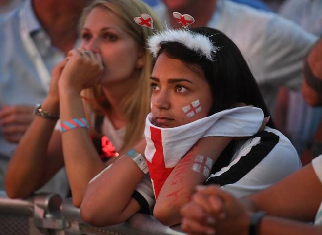 Nước mắt Tam Sư ướt đẫm Luzhniki, người Anh gạt lệ nói điều khó tin về đội tuyển - Ảnh 14.