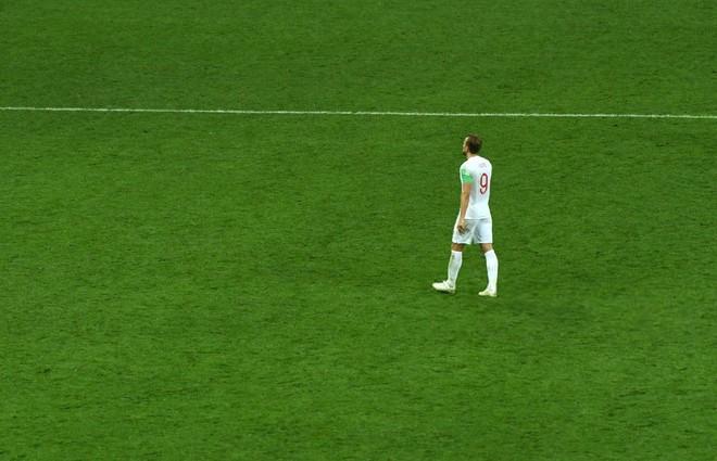 Nước mắt Tam Sư ướt đẫm Luzhniki, người Anh gạt lệ nói điều khó tin về đội tuyển - Ảnh 9.