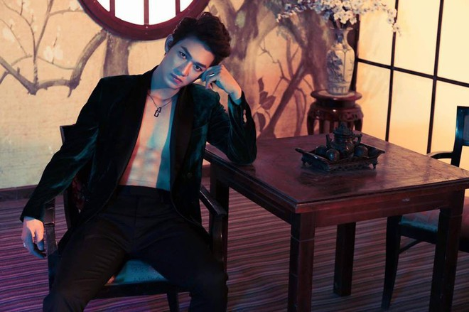 """Dàn diễn viên chính Hậu Duệ Mặt Trời bản Việt: Mỹ nam 6 múi miệt mài tìm cơ hội, mỹ nữ tỏa sáng thoát """"mác"""" hot girl - Ảnh 1."""