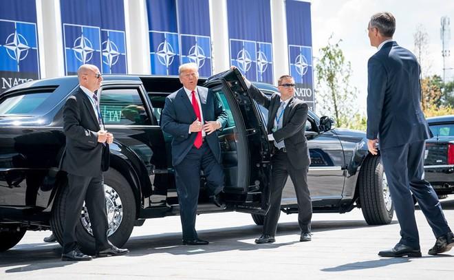 Ông Trump đòi các nước NATO tăng gấp đôi chi tiêu quốc phòng - Ảnh 1.
