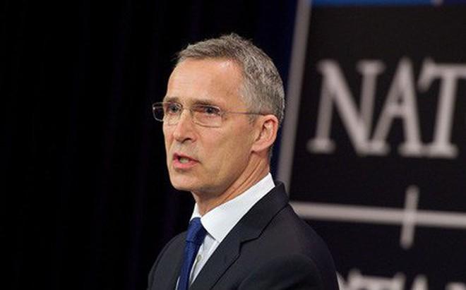 NATO chính thức mời Macedonia gia nhập