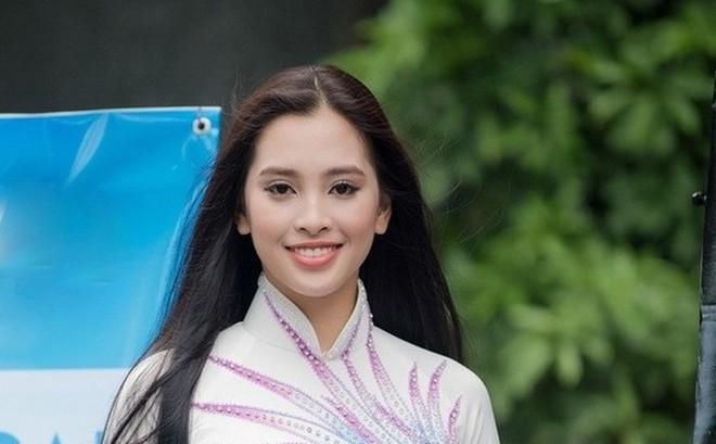 Thế hệ mỹ nhân 10x thi Hoa hậu Việt Nam 2018: Toàn nữ sinh vừa thi tốt nghiệp, xinh đẹp và sở hữu thành tích ấn tượng