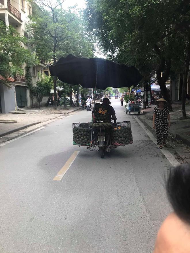 Khổ sở vì nắng nóng, chú bán cam có biện pháp bá đạo khiến ai cũng phải quay lại nhìn - ảnh 4