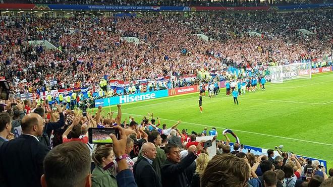 Ký sự World Cup 2018: Luzniki, niềm vui nỗi buồn bán kết  World Cup 2018 - Ảnh 4.