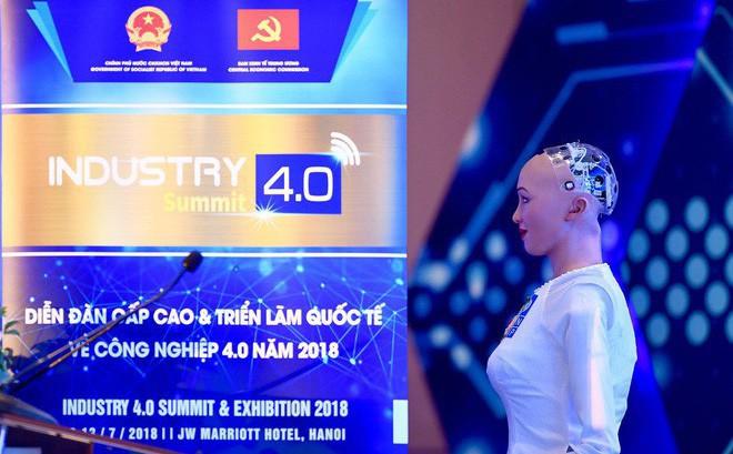 Hồ sơ 'khủng' của robot Sophia từ khi 'làm người' đến khi sang Việt Nam