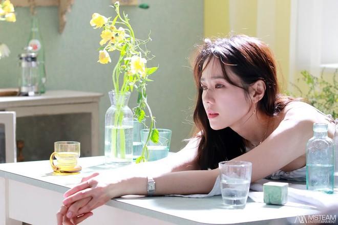 Hình hậu trường của Son Ye Jin chứng minh tường thành nhan sắc thì không cần photoshop - ảnh 3