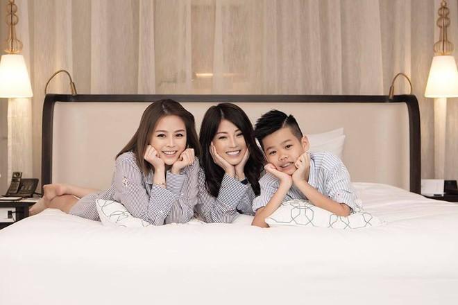 Cuộc sống viên mãn của bà mẹ Hà thành, U50 vẫn trẻ xinh thách thức thời gian - ảnh 6