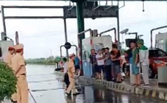 Tài xế tự mở barie trạm BOT Mỹ Lộc phản đối thu phí, chủ đầu tư đối thoại ngay
