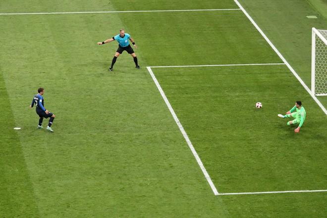 Góc nhìn đại chiến: Quả penalty nghiệt ngã hủy diệt Croatia, hủy diệt chiến thắng của Pháp - Ảnh 2.