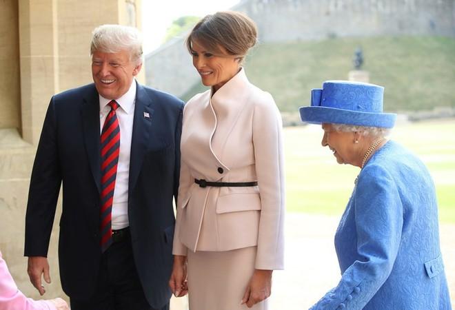 Ông Trump ấn tượng về Nữ hoàng Elizabeth - Ảnh 2.