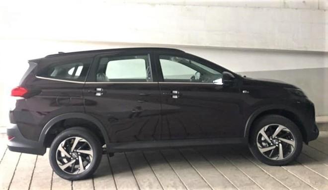 Toyota Rush 2018 vừa xuất hiện tại đại lý ở Hà Nội có giá bao nhiêu? - Ảnh 3.
