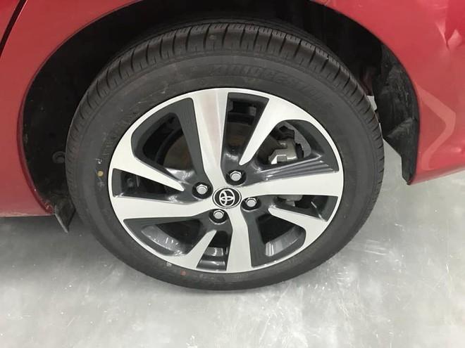 Soi chi tiết Toyota Wigo giá rẻ, và Toyota Avanza nhập khẩu vừa lộ diện ở Việt Nam - Ảnh 5.