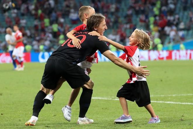 Vì vợ, Luka Modric sẵn sàng ngồi tù - Ảnh 3.