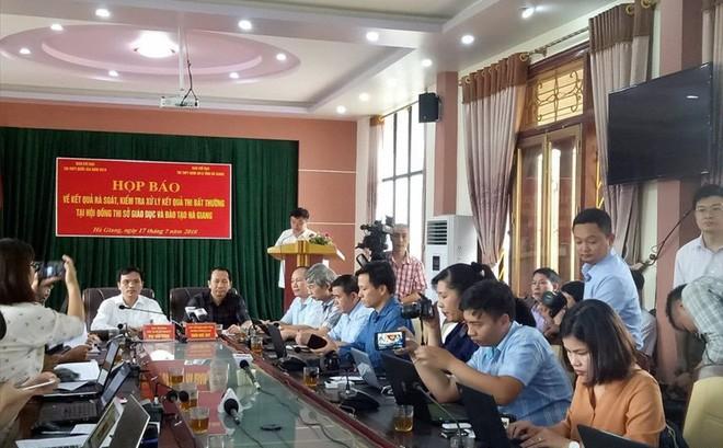 Điều tra từ Bộ Công an: Ông Lương chỉ mất 6 giây để sửa điểm thi cho một thí sinh