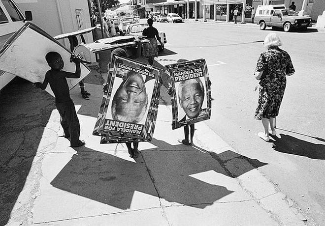 Câu chuyện về Nelson Mandela: Một cuộc đời phi thường - Ảnh 5.
