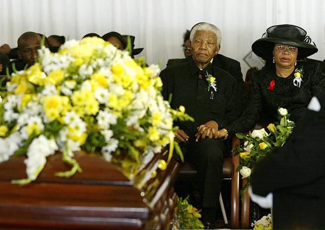 Câu chuyện về Nelson Mandela: Một cuộc đời phi thường - Ảnh 6.