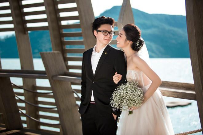 Hé lộ váy cưới lộng lẫy được thiết kế riêng cho Á hậu Tú Anh trong ngày trọng đại - ảnh 3