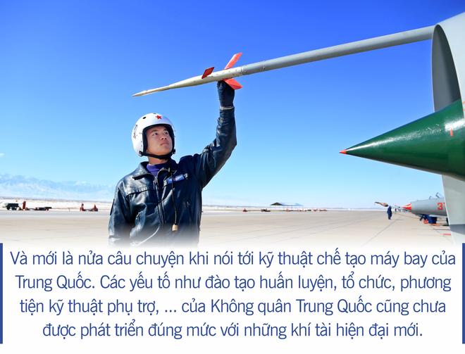 [Photo Story] Không quân Trung Quốc - Gã khổng lồ chân đất sét? - Ảnh 12.