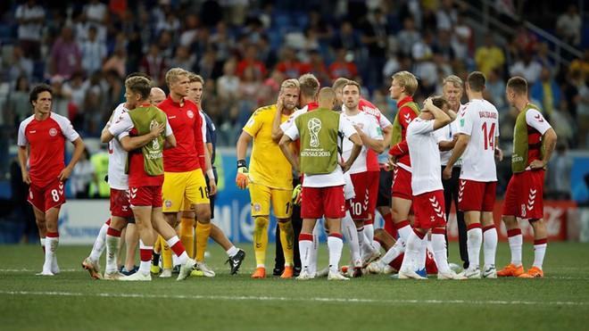 Kasper Schmeichel lập kỳ tích, để chứng kiến Đan Mạch đâm từng nhát dao thấu tim mình 13