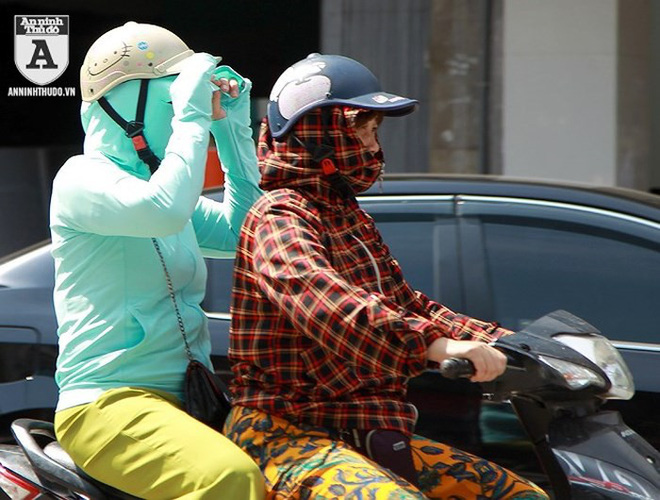 [ẢNH] Nắng nóng kéo dài, lại lo nguy cơ tai nạn giao thông cho những ninja đi xe máy - Ảnh 7.