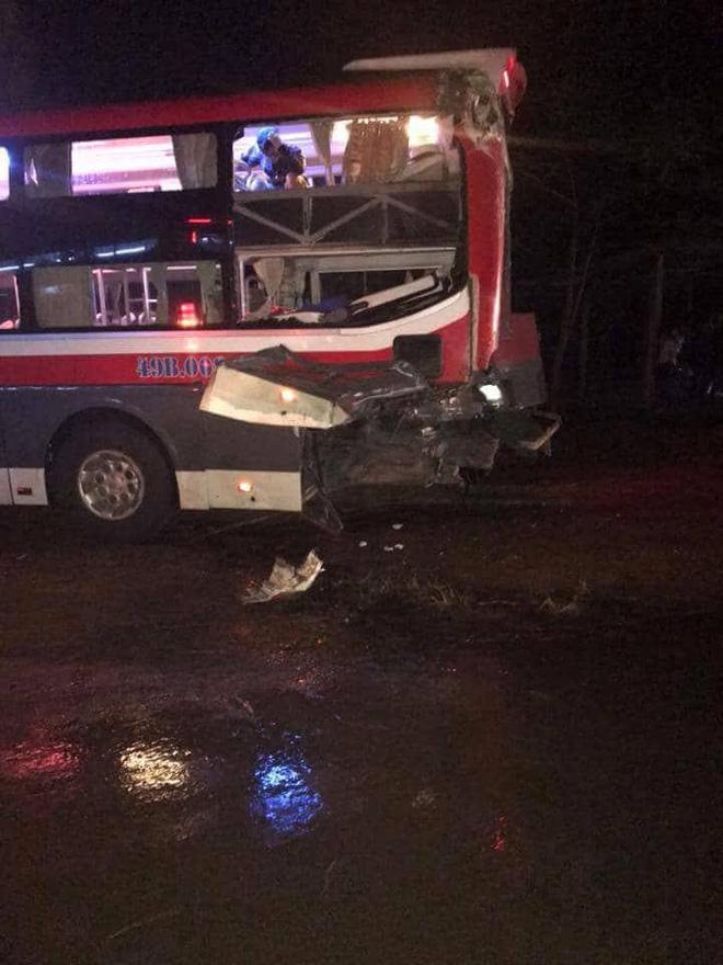 NÓNG: Tai nạn giữa 2 xe khách, 24 người bị thương  - Ảnh 2.