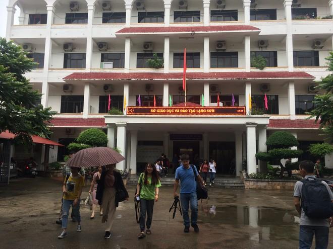 Xin ý kiến lãnh đạo Bộ chấm thẩm định lại môn Ngữ Văn tại cụm thi Lạng Sơn - Ảnh 1.
