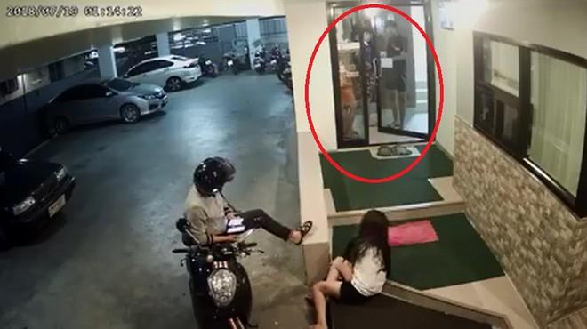 Cô gái bị đánh chảy máu trong hầm gửi xe, phản ứng của 4 thanh niên khiến tất cả lạnh gáy - Ảnh 2.