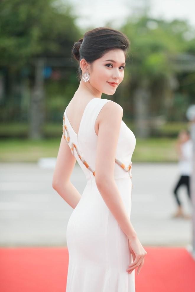 Dàn Hoa hậu, Á hậu đồng loạt khoe sắc tại Chung khảo phía Bắc Hoa hậu Việt Nam 2018 - Ảnh 5.