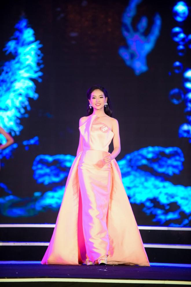 Chân dung nữ sinh 2000 bị loại gây tiếc nuối nhất sau đêm Chung khảo phía Bắc Hoa hậu Việt Nam 2018 - ảnh 2