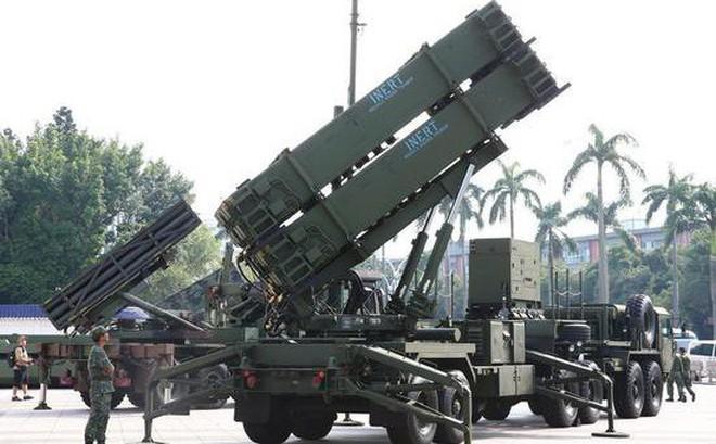 Đài Loan chuyển Patriot 3 về phía Đông, nhằm thẳng chiến đấu cơ, tàu sân bay Trung Quốc