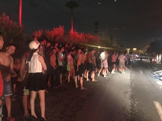 Quán massage 5 tầng ở Hà Nội bốc cháy ngùn ngụt 7
