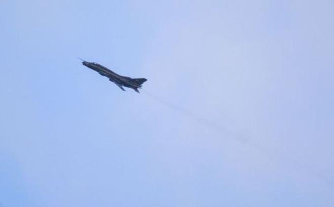 """Su-22 Syria chỉ """"dọa"""" được khủng bố, động vào Israel: Tan xác!"""